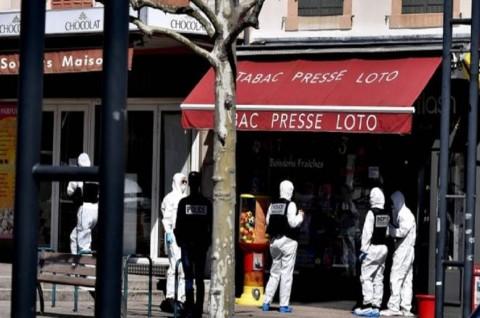 Dua Orang Tewas dalam Penusukan di Prancis