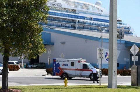 Membawa Pasien Covid-19, Coral Princess Berlabuh di Florida