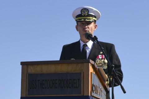 Kapten Kapal Induk Terimbas Covid-19 Dilaporkan Positif Korona