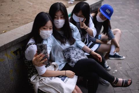Korea Selatan Gunakan Gelang Elektronik Deteksi Pelanggar Isolasi