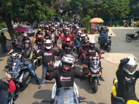 Forbitas Bersatu Bagikan Sembako ke Masyarakat Terdampak Korona