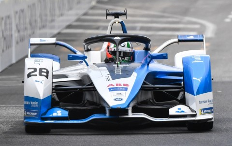 Guenther Juara Seri Perdana Balapan Virtual Formula E