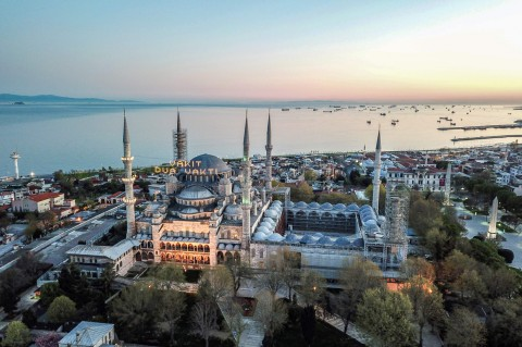 Masjid Biru, Bangunan Paling Ikonik di Istanbul Turki