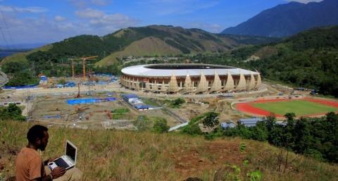 PON 2020 Ditunda, Pembangunan Venue Jalan Terus