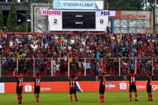 HB Samsi Peletak Dasar Sepak Bola Papua