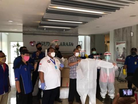 Buruh Sumbang Ribuan APD ke Rumah Sakit di Jabodetabek