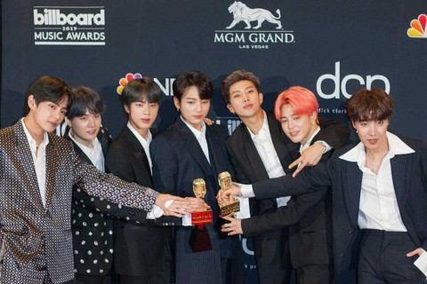 BTS Raih Penghargaan Nickelodeon Kids 'Choice Awards