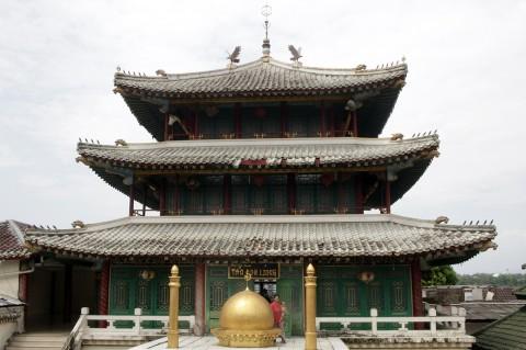 Pesona Masjid Kelenteng Tan Kok Liong di Bogor