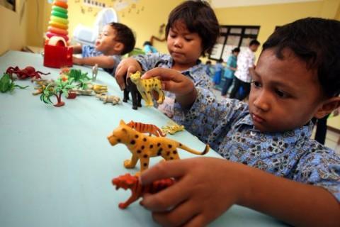 Gaji 49% Guru PAUD Terkendala Selama Pandemi
