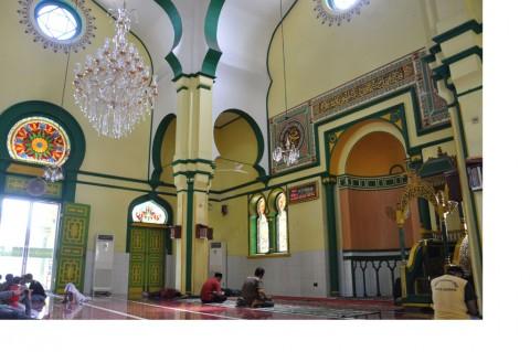 Mengunjungi Masjid Raya Al Osmani Medan