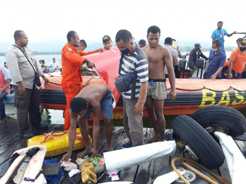 Pesawat Jatuh di Danau Sentani Membawa Logistik