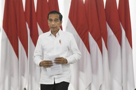 Jokowi Sentil Rencana Pelonggaran PSBB