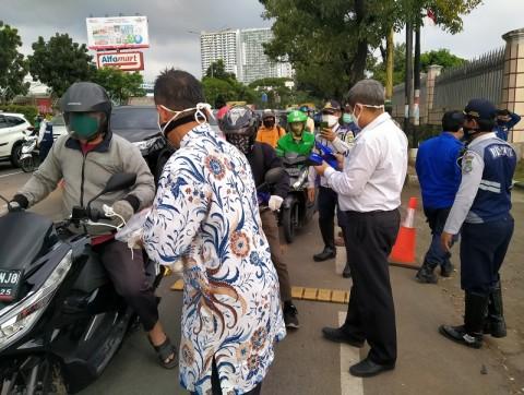 64 Ribu Masker Gratis untuk Warga Selama PSBB di Banten