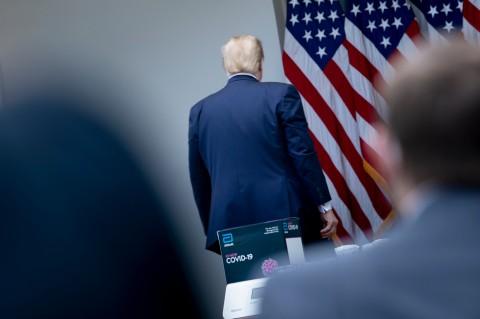 Berselisih dengan Wartawan, Trump Tiba-tiba Akhiri Konferensi Pers