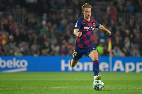 Juventus Gigit Jari Penawaran Frenki de Jong Ditolak Barcelona