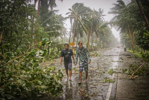 Filipina Dilanda Topan Kuat di Tengah Pandemi Covid-19