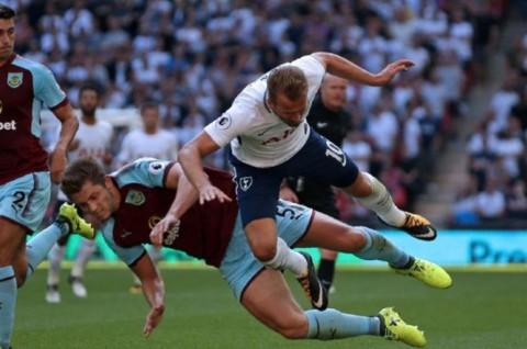 Bek Timnas Inggris Antusias Liga Primer Dilanjutkan