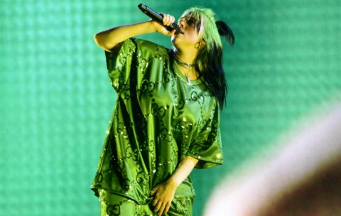 Billie Eilish Tunda Konser Dunia, Bagaimana Nasib Indonesia?