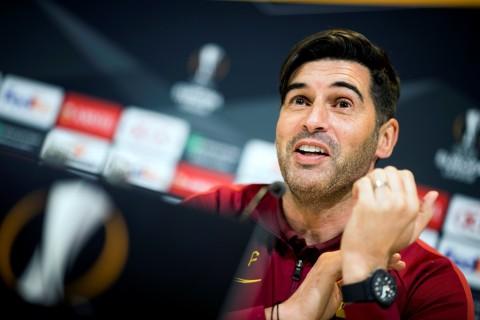 Pelatih AS Roma: Sulit Membayangkan Sepak Bola tanpa Pelukan Hangat