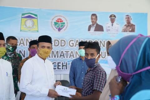 Kabupaten Aceh Besar Salurkan BLT-DD Tahap 1