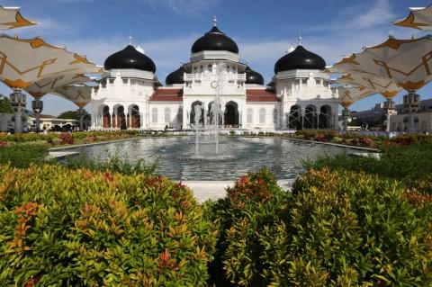 Melihat Kemegahan Masjid Raya Baiturrahman Aceh