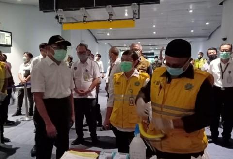 Menko PMK Minta Bandara Soetta Jaga <i>Physical Distancing</i>