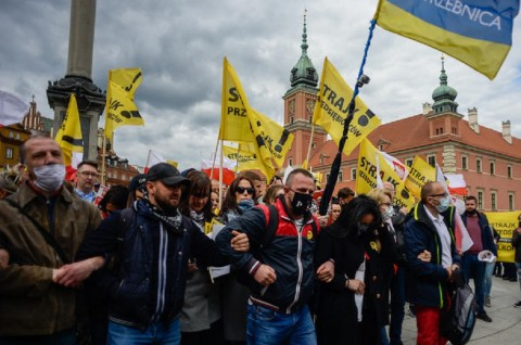 Demo Anti-Lockdown Berlangsung di Tiga Negara Eropa