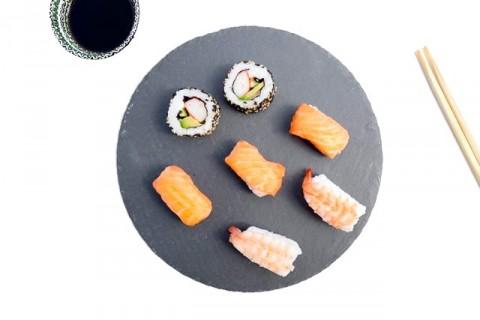 Ternyata Sushi Salmon Tak Berasal dari Jepang
