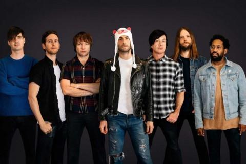 Tur Maroon 5 Ditunda