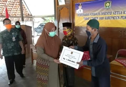 Ketua RT-RW di Purworejo Terima Insentif
