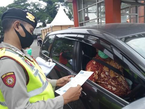Puluhan Kendaraan Ditolak Masuk Kota Malang