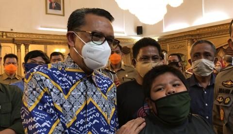 Bocah Korban Perundungan Pemuda di Pangkep Terima Beasiswa