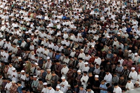 Warga di Lumajang Diperbolehkan Salat Id di Masjid