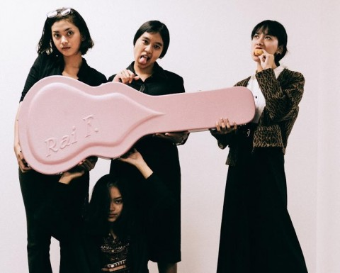 Zirah Tampilkan Bonus Track 'Solusi Tipuan' di Album Terbaru