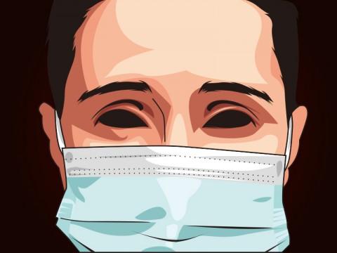 Khofifah Pastikan Stok Masker di Jatim Aman