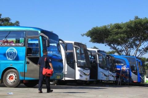 Empat Bus Berstiker Palsu Kemenhub Diamankan