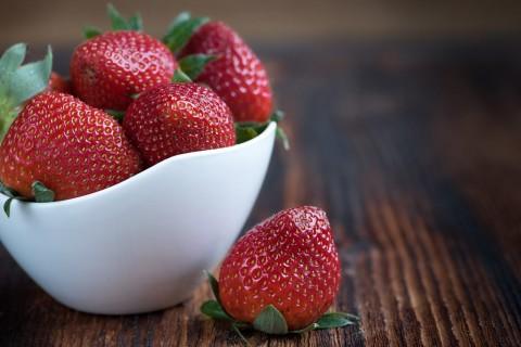Manfaat Kesehatan ketika Mengonsumsi Stroberi