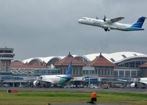 Pembelian Tiket Pesawat Wajib Disertai Hasil <i>Rapid Test</i>