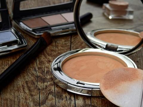 Risiko Penyebaran Covid-19 Melalui Tester Make Up