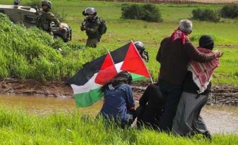 Palestina Tolak Bantuan yang Dikirim Lewat Bandara Israel