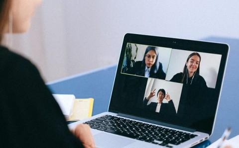 Tips Berlebaran dengan Aplikasi Digital