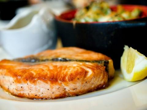 Kaitan Ikan Salmon dengan Suasana Hati