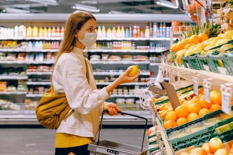 Cara Aman Belanja Bahan Makanan selama Pandemi Covid-19