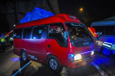 91 Sopir Travel Gelap Kembali Ditangkap