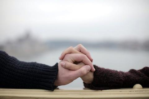 Haruskah Pasangan Menjadi Sahabat?