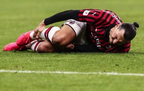 Cedera, Ibrahimovic Terancam Akhiri Musim Lebih Cepat