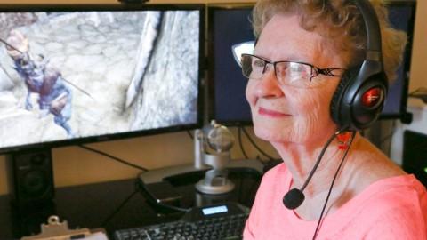 Gamer 84 Tahun Stres Akibat Komentar di YouTube