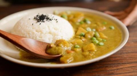 Mesin Nasi Kari Milik Seorang Kakek di Jepang