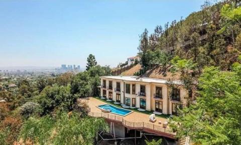 Mewahnya Rumah Kontrakan Ariana Grande