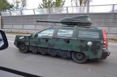 Meodifikasi Tank Pakai Basis Volvo V70